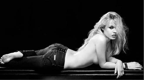 03_Georgia_Jagger_Hudson_Jeans